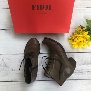 Fidji Ankle Lace-up Boots